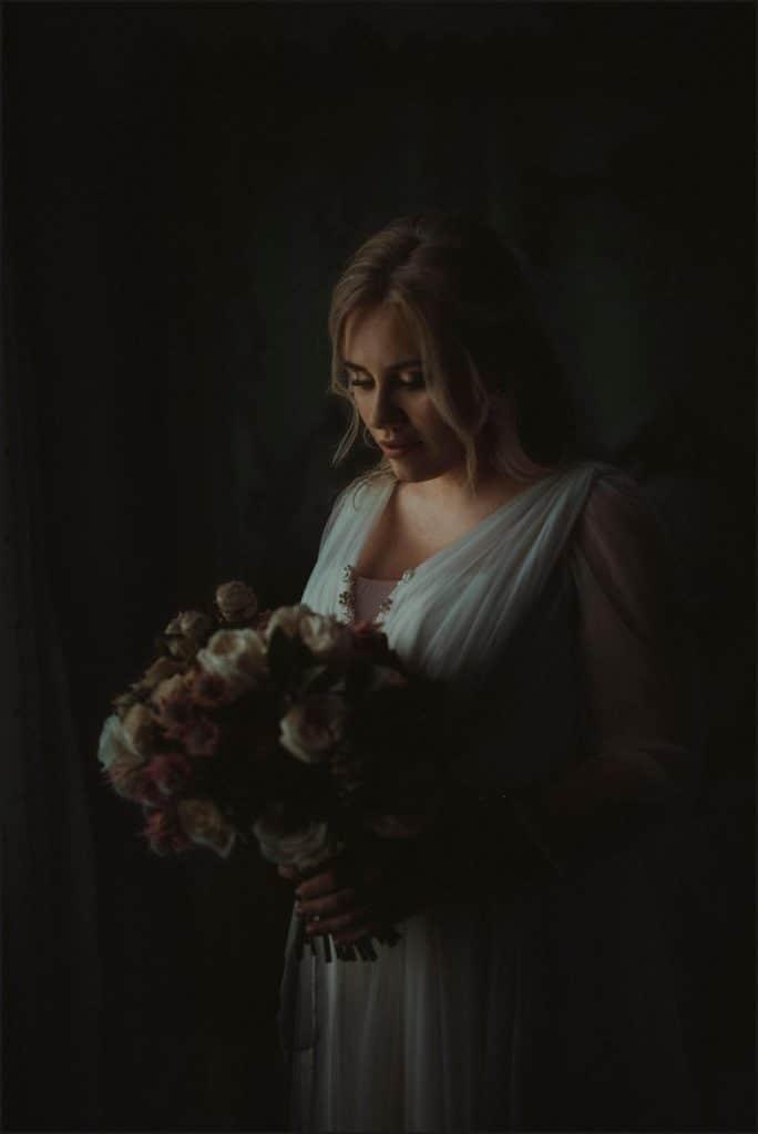 borgo di tragliata, wedding, rome, wedding in rome, bride, bouquet, bride dress
