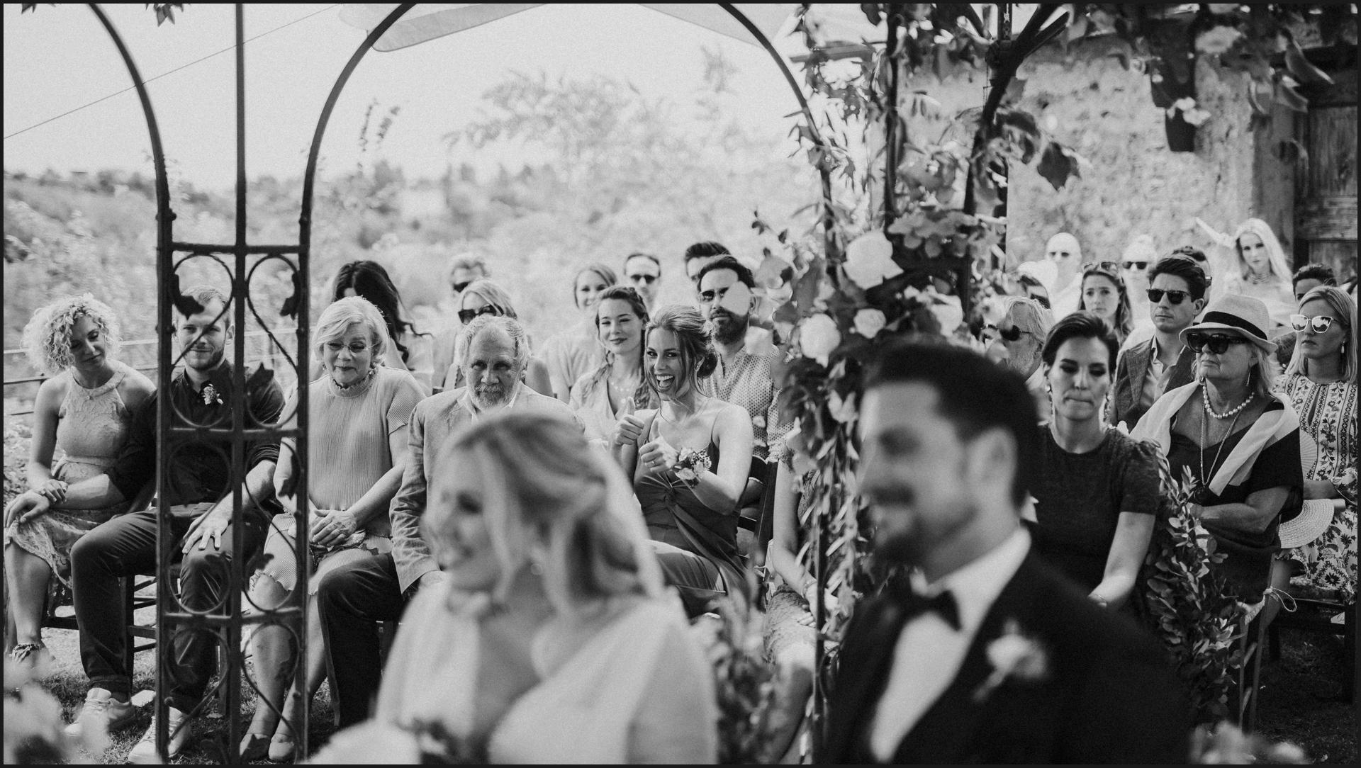 black and white, borgo di tragliata, wedding, rome, wedding in rome, bride, groom, wedding guests