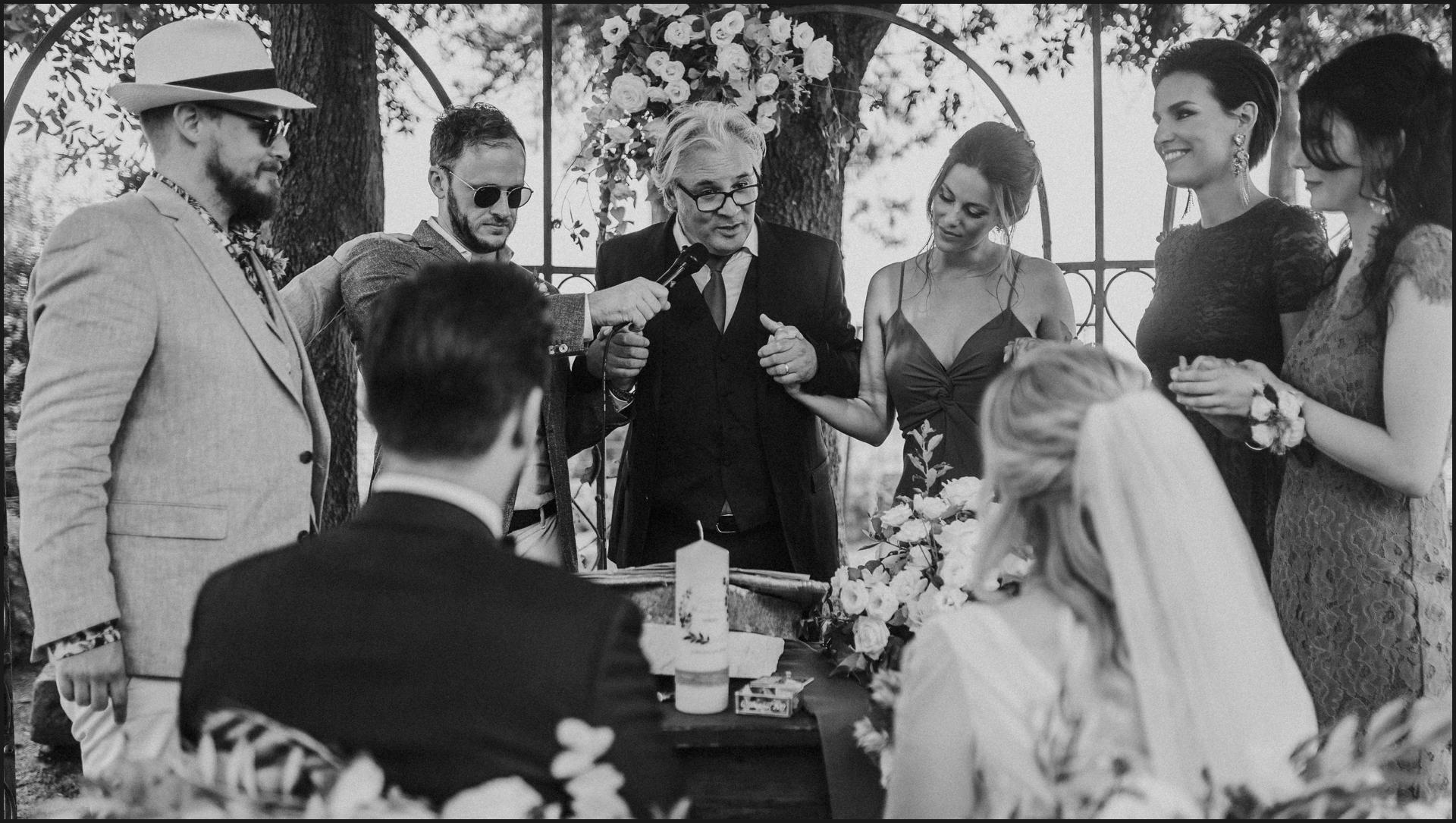 black and white, borgo di tragliata, wedding, rome, wedding in rome, bride groom, ceremony, wedding celebrant