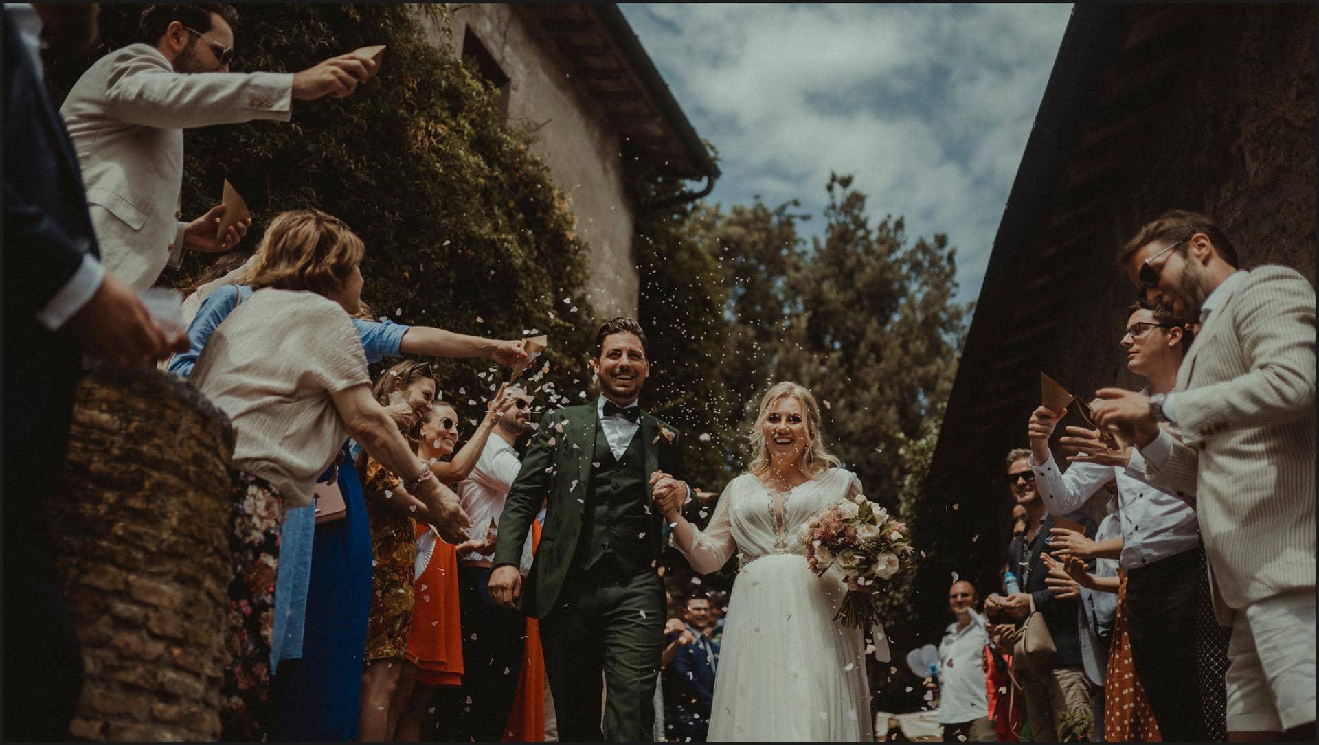 borgo di tragliata, wedding, rome, wedding in rome, rice toss, wedding in italy