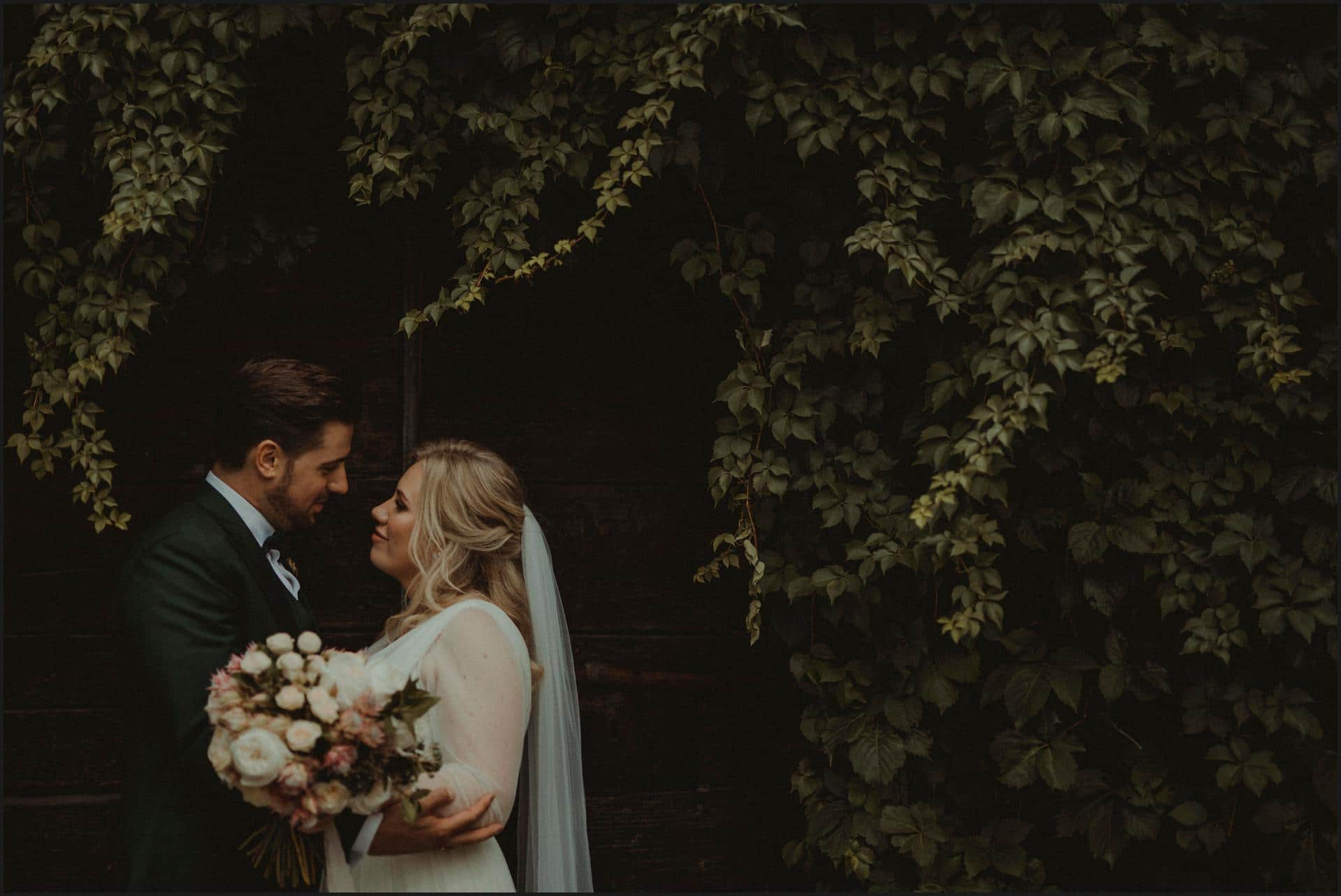 borgo di tragliata, wedding, rome, wedding in rome, bride and groom, rome wedding photographer, destination wedding