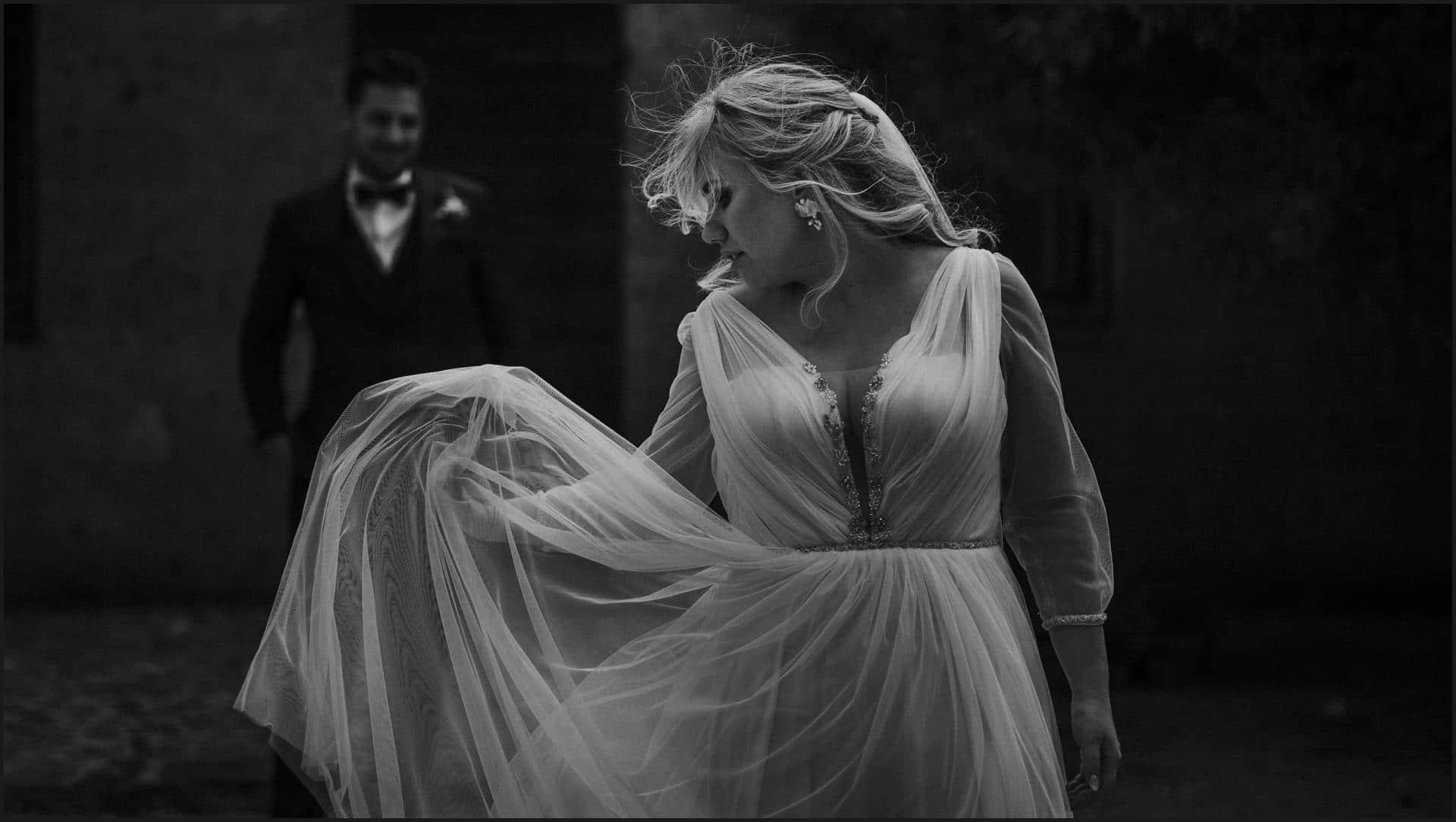 borgo di tragliata, wedding, rome, wedding in rome, bride, groom, black and white, bride dress, intimate wedding, italy wedding photographer, destination wedding in rome, rome wedding photographer, black and white