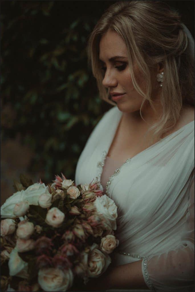 borgo di tragliata, wedding, rome, wedding in rome, bride, wedding gown, bouquet, wedding dress